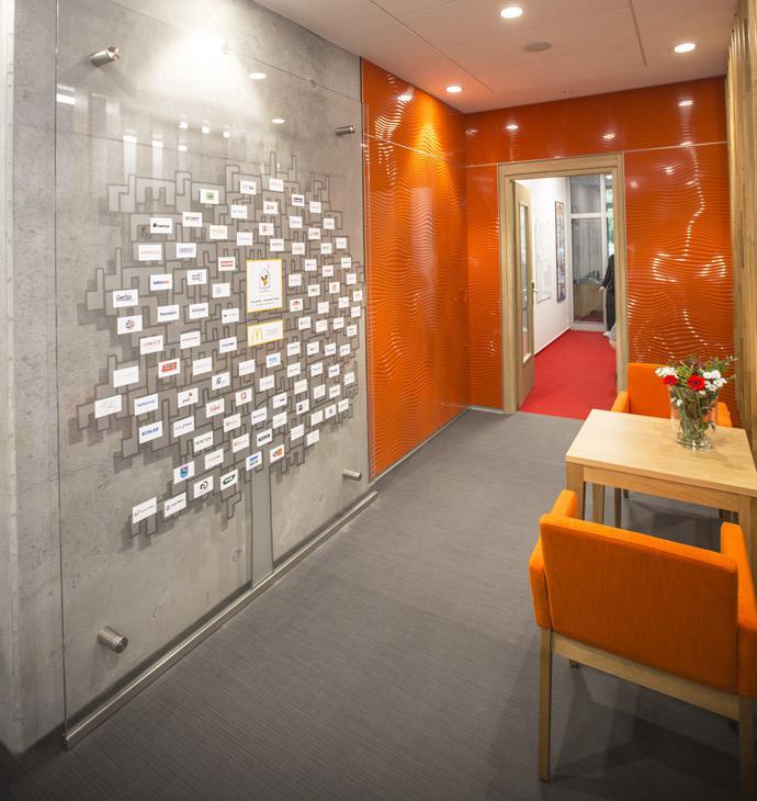 reference ronald mcdonald foundation manufacturer of. Black Bedroom Furniture Sets. Home Design Ideas