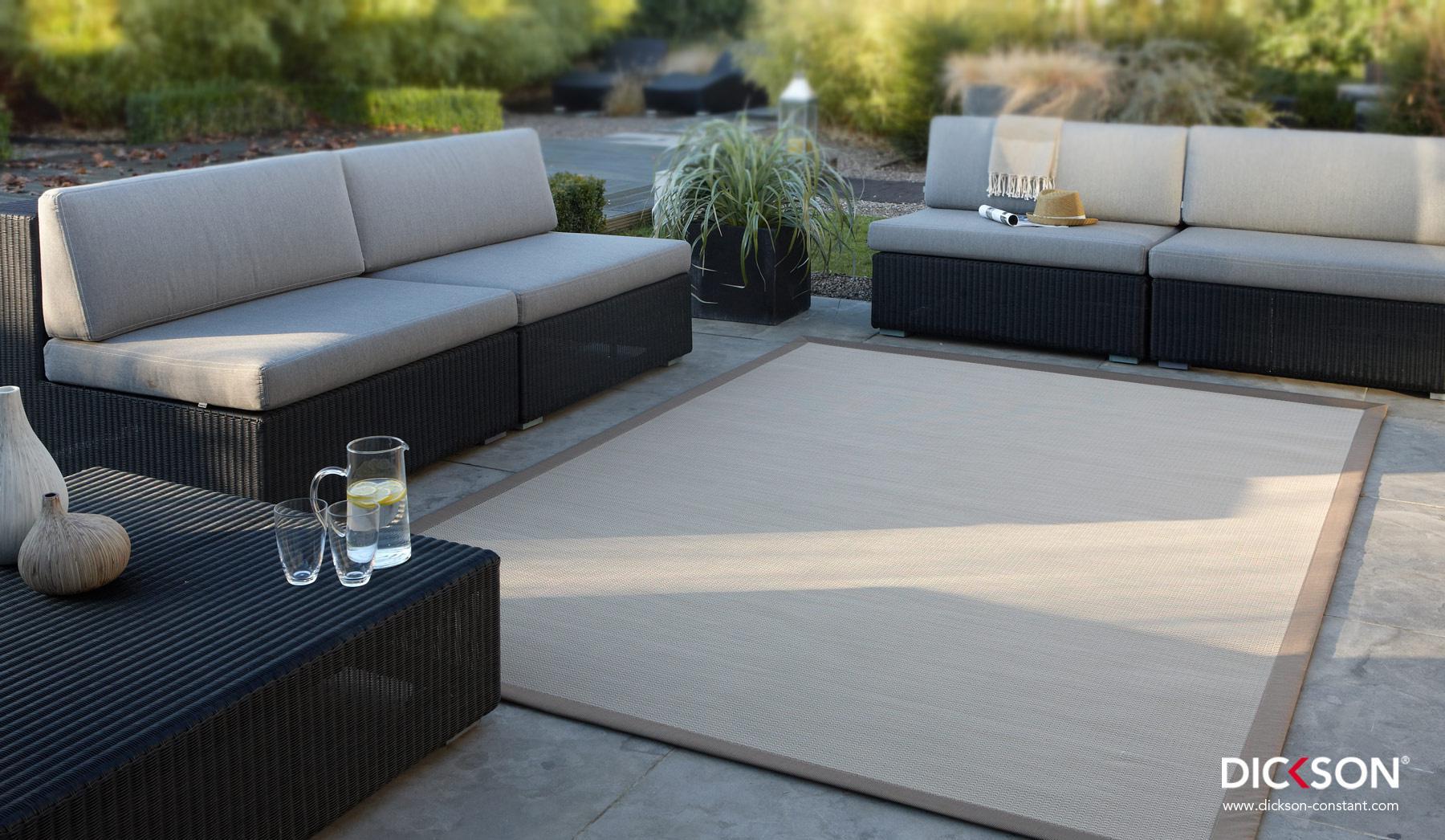 nieuws over technische stoffen dickson en sunbrella. Black Bedroom Furniture Sets. Home Design Ideas